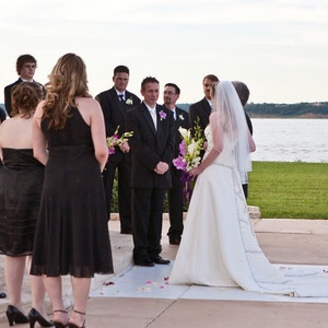 Dallas Wedding Dress Rental