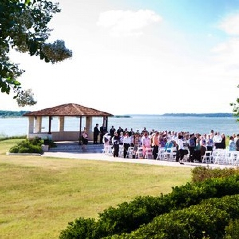 Paradise Cove Grapevine Southlake Dallas Fort Worth Weddings